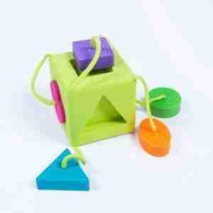 Fat Brain Toys OOMBEECUBE, CUBO DE ENCAJE BEBÉ
